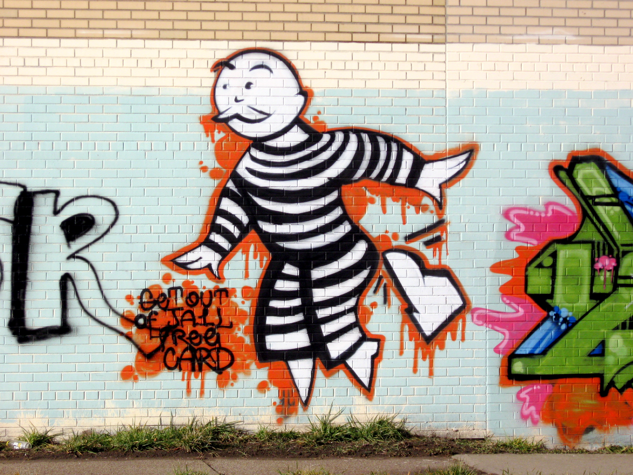 Matt Marcha - Articles - Jabber VS Skype - Sortez de prison Art de rue