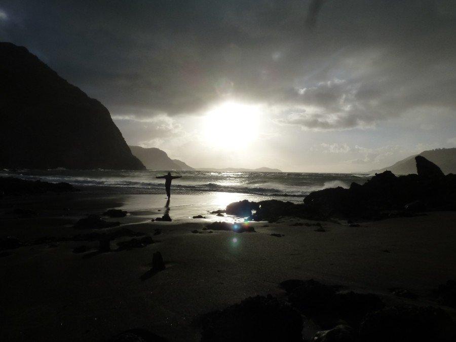 Lever du soleil à l'embouchure de Whatipu
